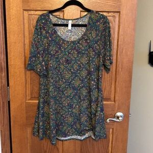 Lularoe Green & Purple Quatrefoil Perfect Tee